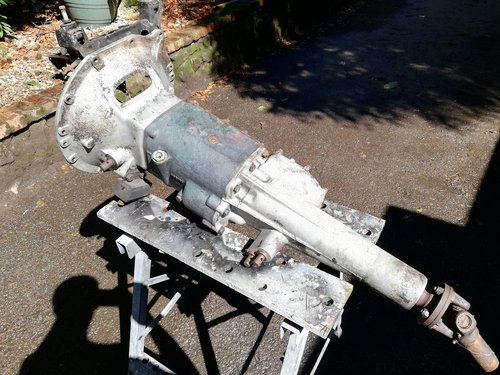 Morris Oxford MO Gearbox SOLD (picture 1 of 2)