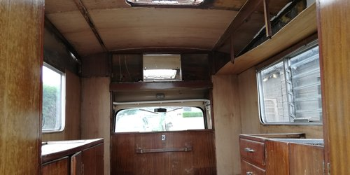 1963 Morris J2 Motorcaravan - Starts and Moves - 1500cc -  SOLD (picture 5 of 6)