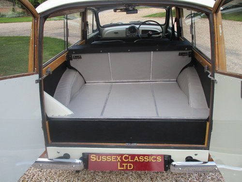 1969 Morris Minor 1000 Traveller (Fully Restored) SOLD (picture 5 of 6)