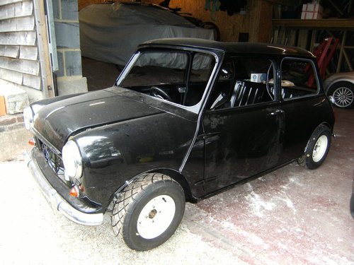 1968 1 of 3 known Mono-tone Black Morris Cooper For Sale (picture 2 of 6)