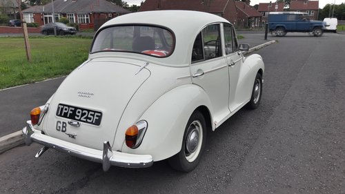 1968 MORRIS MINOR 1000 SOLD (picture 4 of 6)