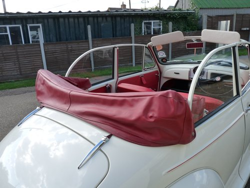 1967 Morris Minor Convertible, restored SOLD (picture 6 of 6)