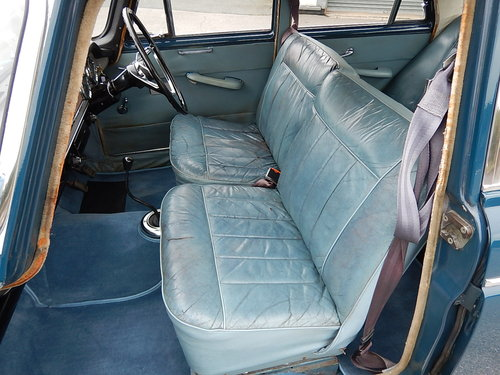1966 MORRIS OXFORD Series Vl Farina Saloon  SOLD (picture 5 of 6)