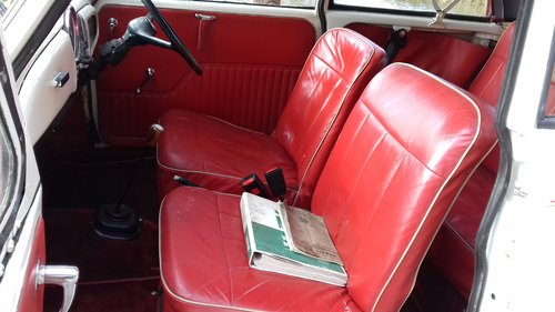 1966 MORRIS MINOR 'MOLLY' FACTORY CONVERTIBLE ~ SUPERB VALUE! SOLD (picture 5 of 6)