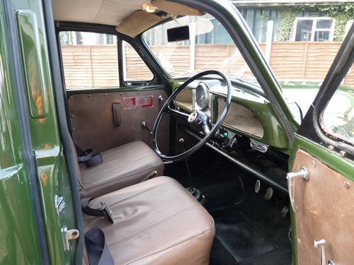 1970 Morris Minor Prison van, SOLD SOLD (picture 3 of 6)