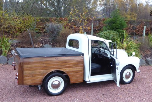 1970  Morris 1000 8 cwt unique Pick-Up Truck with bespoke cedar  SOLD (picture 3 of 6)