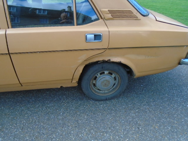 1977 Morris Marina 1.3 deluxe.  For Sale (picture 4 of 6)