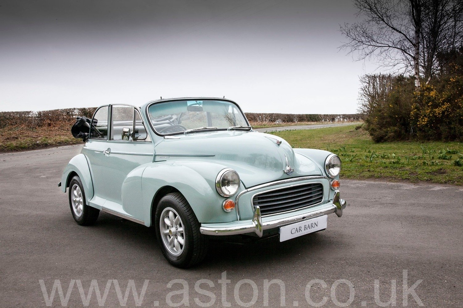 1969 Morris Minor 1000 Convertible For Sale (picture 1 of 6)