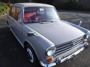**MARCH AUCTION**1968 Morris 1300 SOLD by Auction