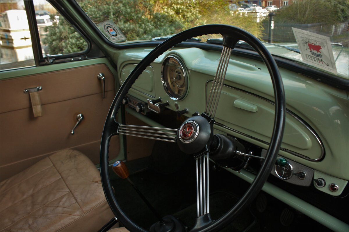 1961 Morris Minor 948cc - Porcelain Green - Unmolested example! SOLD (picture 3 of 6)