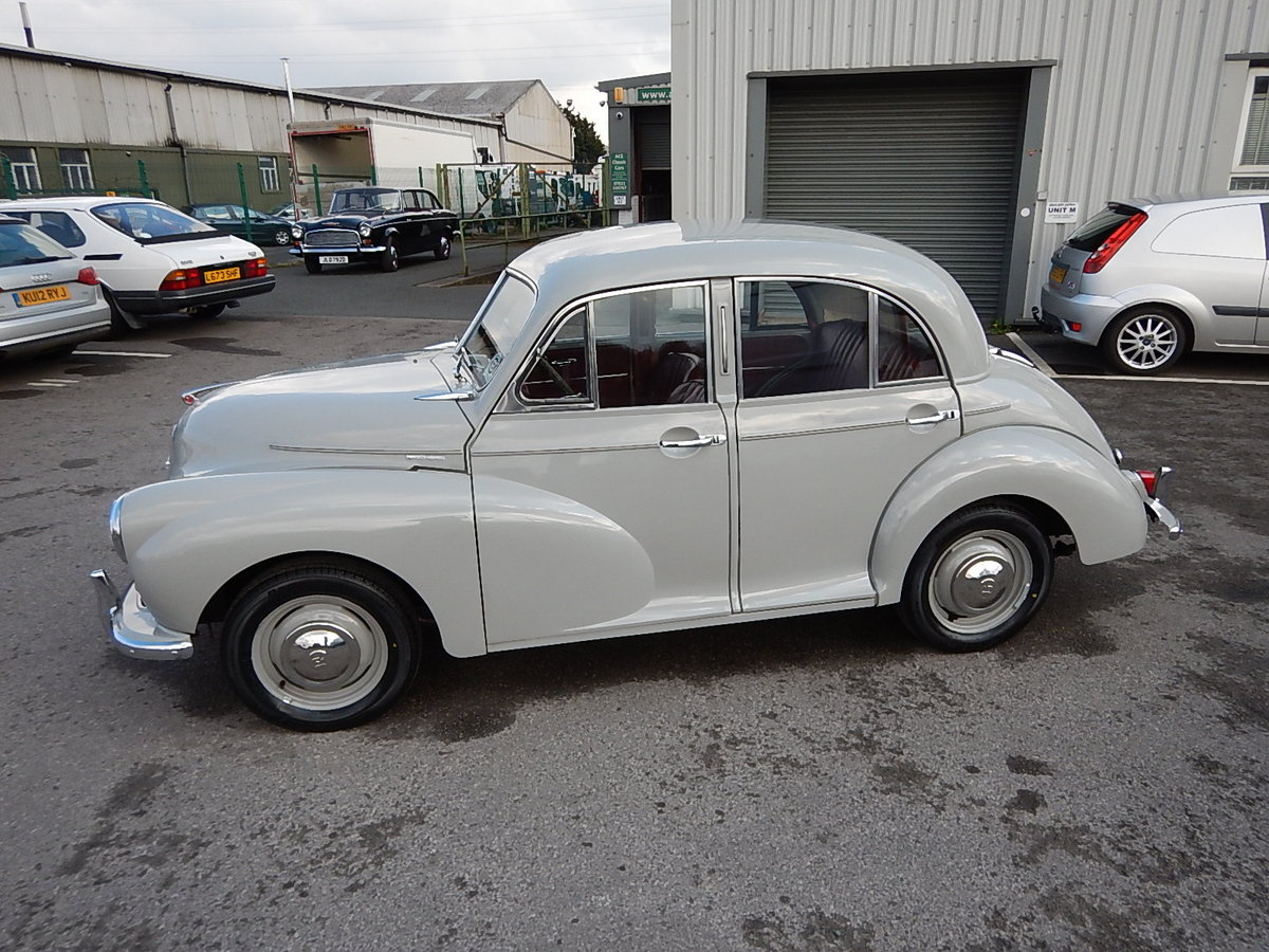 1955 MORRIS MINOR Series ll Splitscreen Four Door Saloon SOLD (picture 1 of 6)
