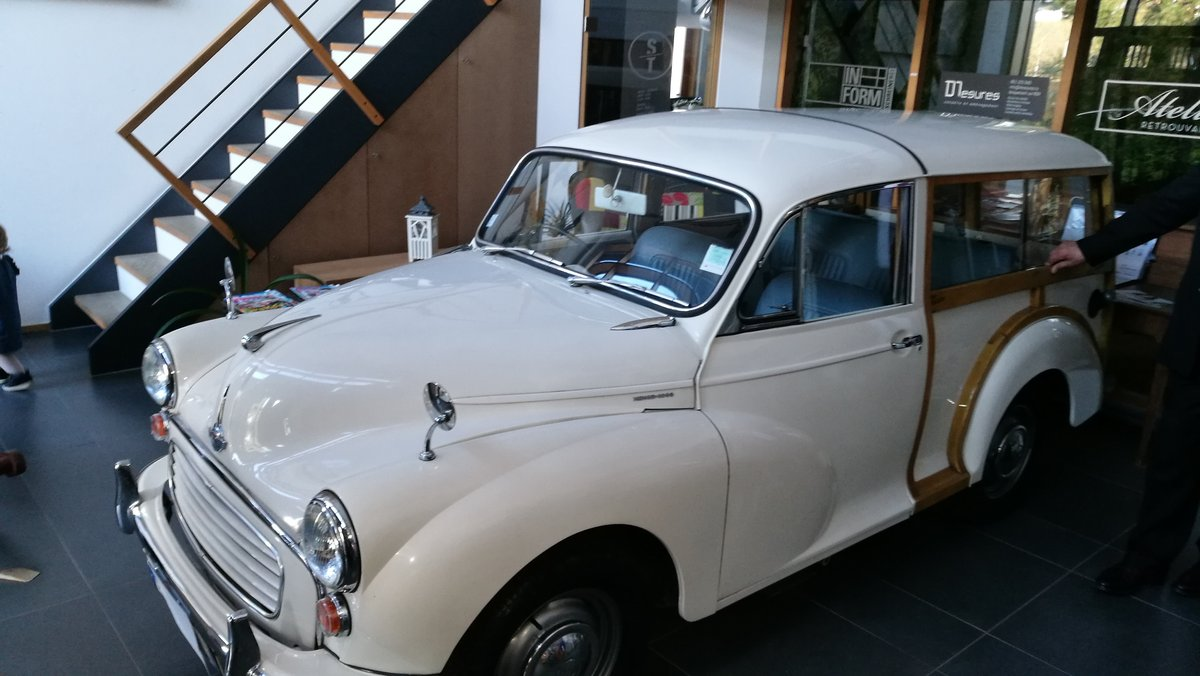 1968 Minor Traveller Woody FULLY RESTORED For Sale (picture 2 of 6)
