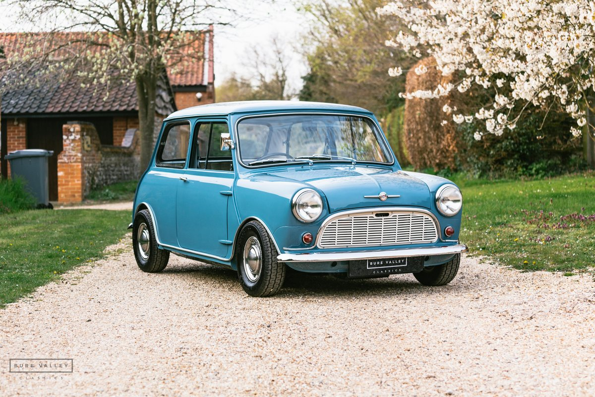 1960 Morris Mini-Minor 850 SOLD (picture 1 of 6)
