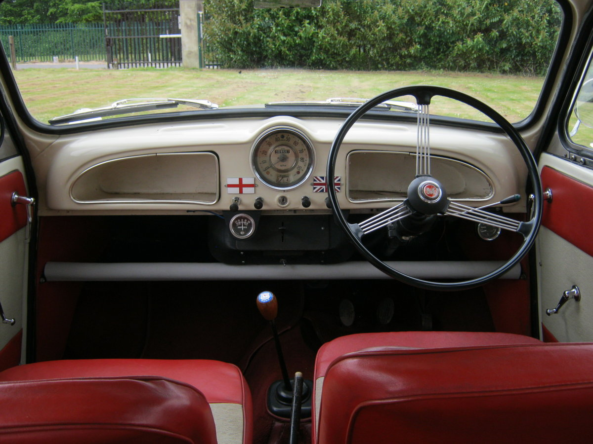 1964 MORRIS MINOR 1000 TRAVELLER. 2 OWNS 36 YEARS. DISCS. For Sale (picture 5 of 6)