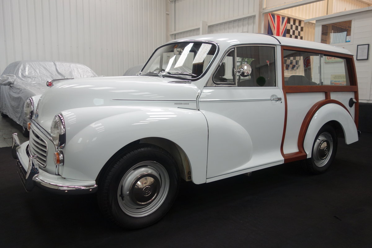 1970 Morris Minor Traveller, in beautiful restored condition For Sale (picture 2 of 6)