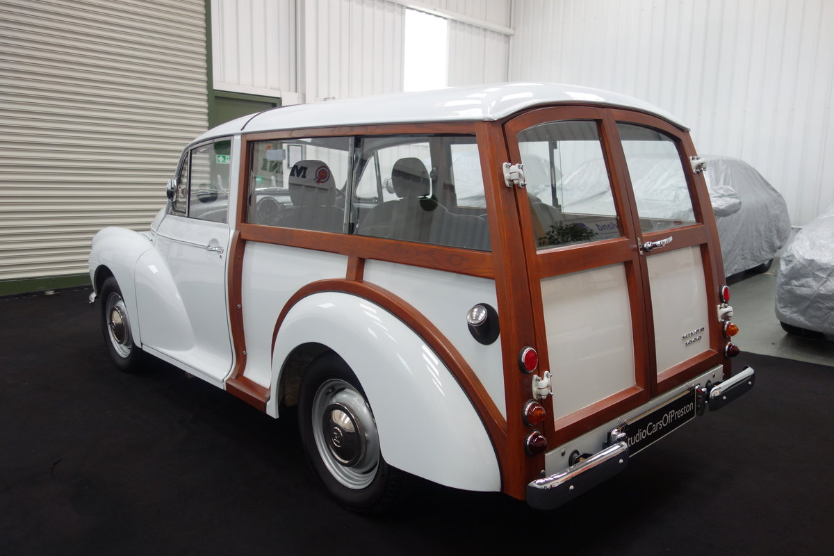 1970 Morris Minor Traveller, in beautiful restored condition For Sale (picture 3 of 6)
