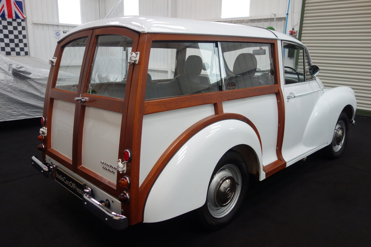 1970 Morris Minor Traveller, in beautiful restored condition For Sale (picture 4 of 6)