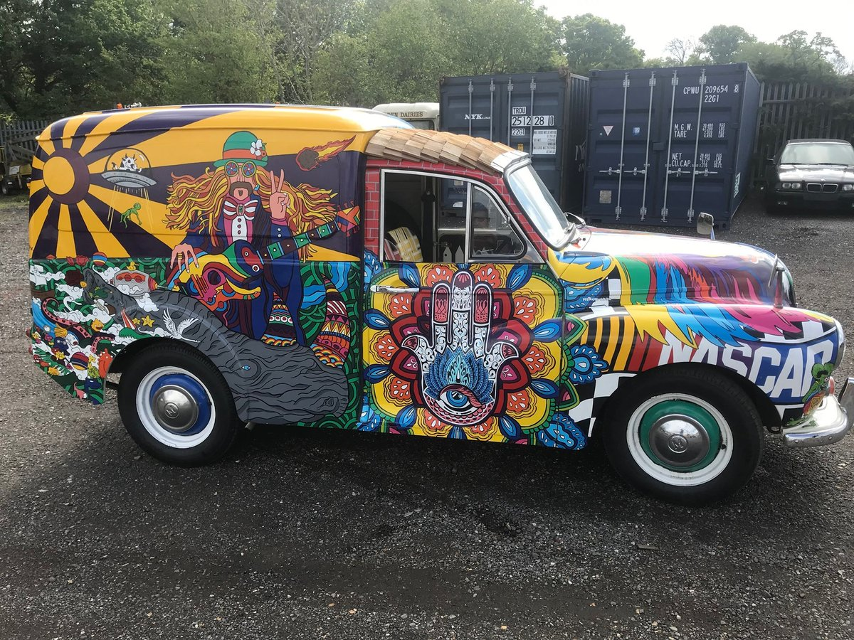 """1971 ONE OF A KIND EVENTS AND FESTIVAL VAN ...""""SERGEANT PEPPER""""  For Hire (picture 5 of 6)"""