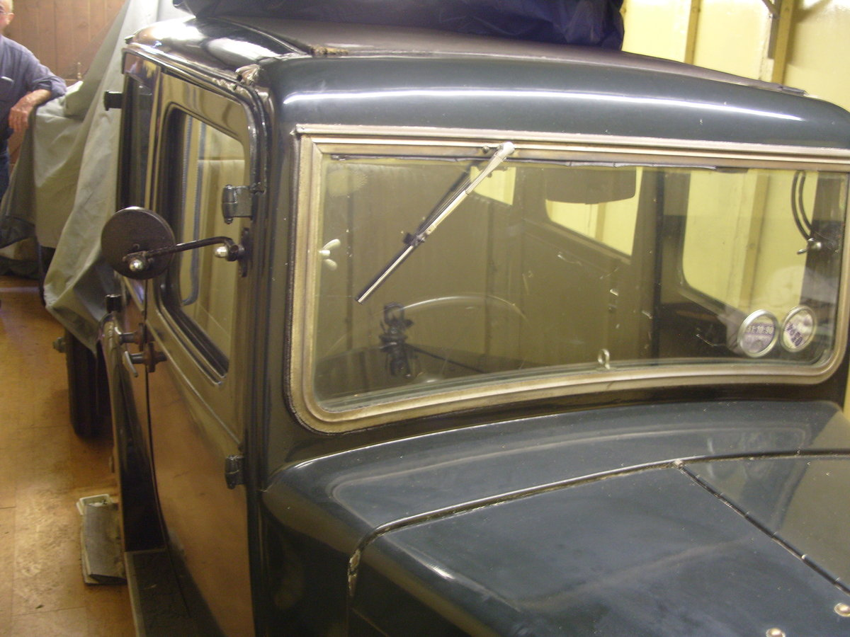 Morris minor 1933 For Sale (picture 1 of 6)