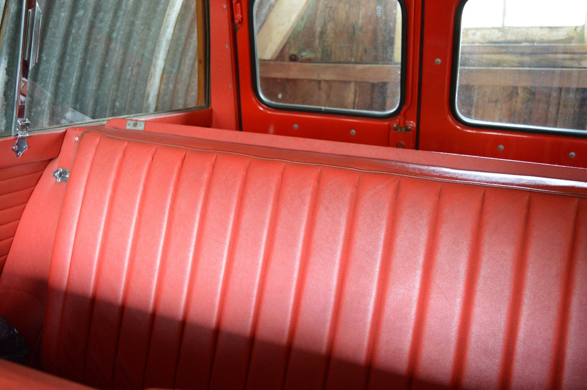 1966 Morris Mini Traveller Auction Friday 12/7 midday For Sale by Auction (picture 6 of 6)