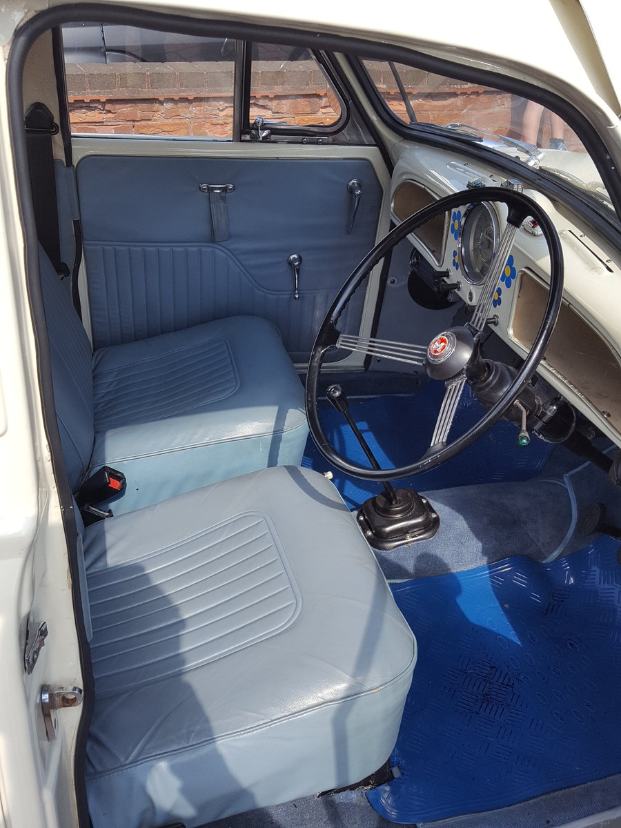 Morris Minor 1964 1000 4 Door White Fully Restored For Sale (picture 6 of 6)