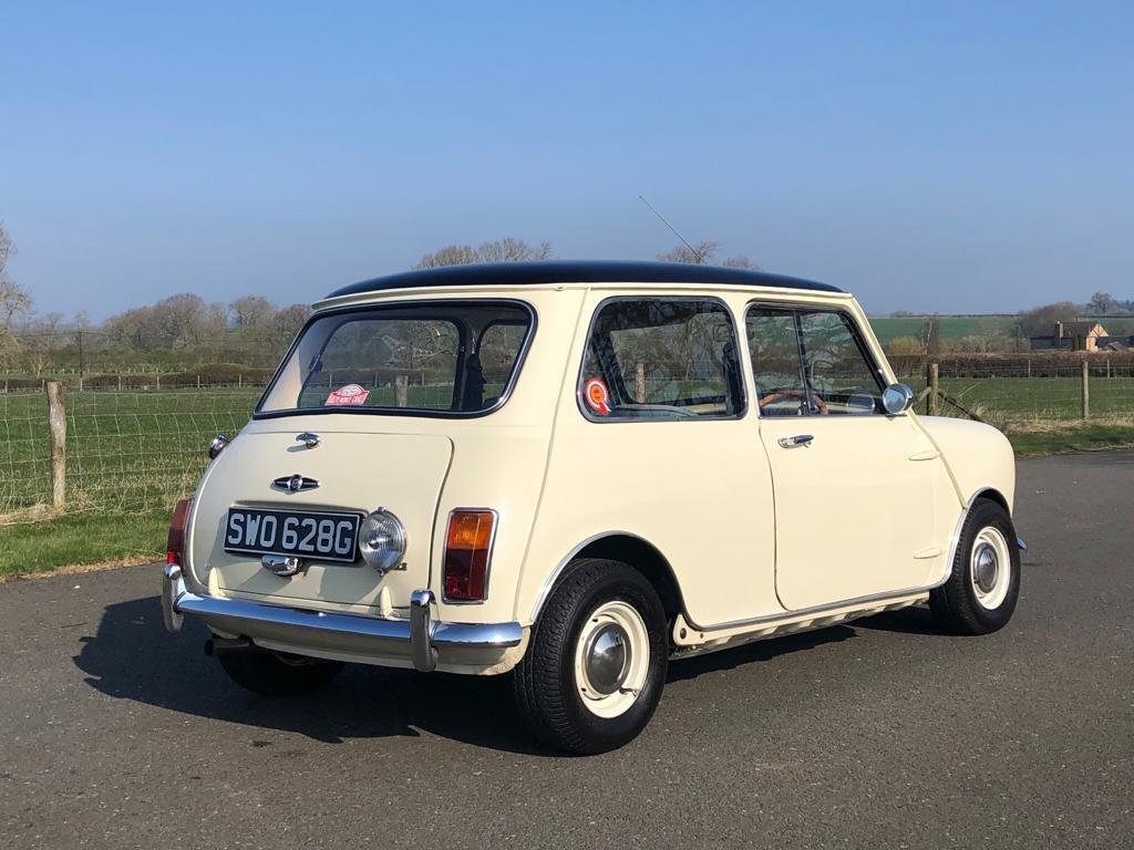 1961 Morris Mini Cooper MK II SOLD (picture 4 of 6)