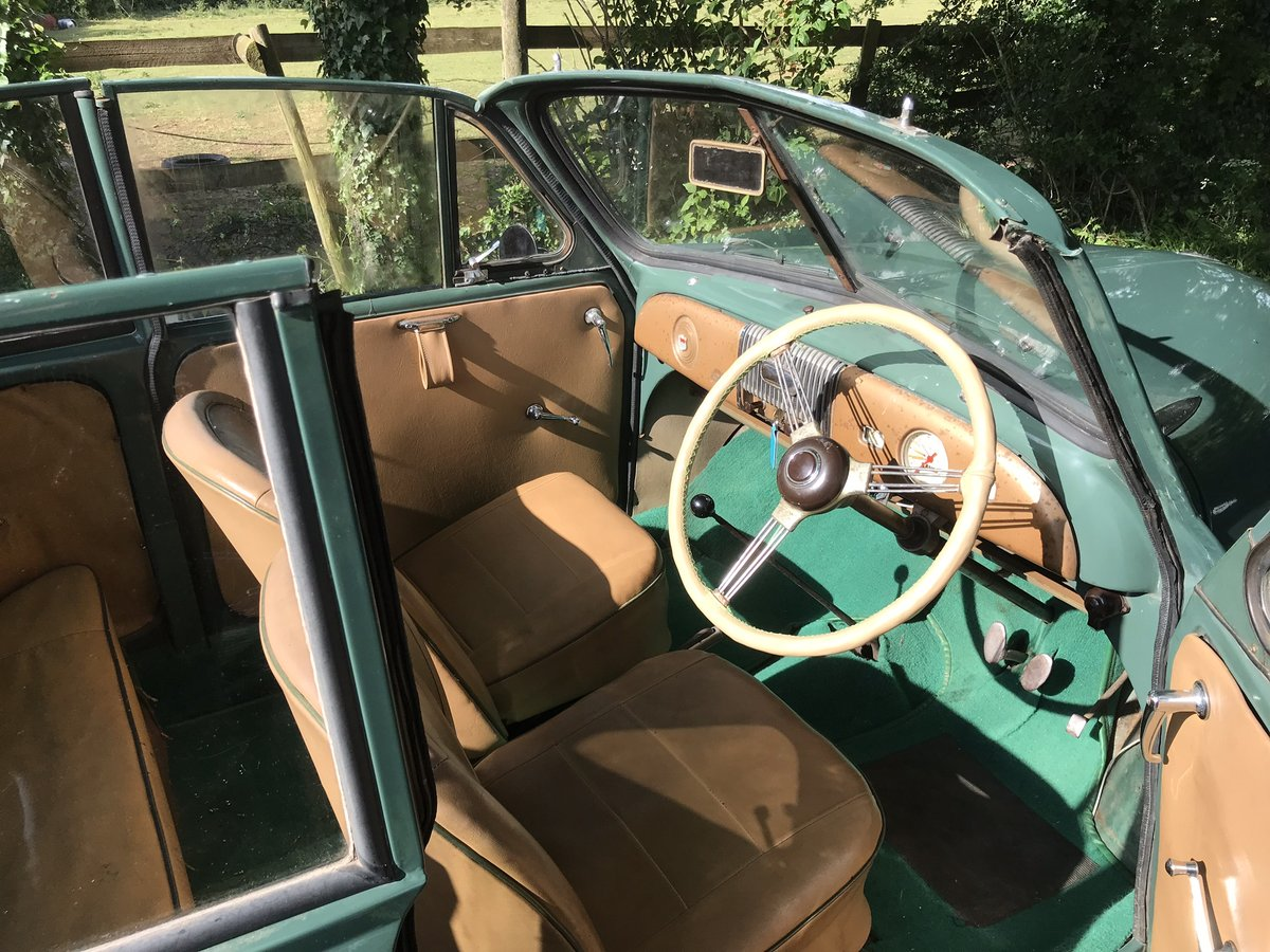 1952 Original factory Morris Minor Convertible For Sale (picture 4 of 6)