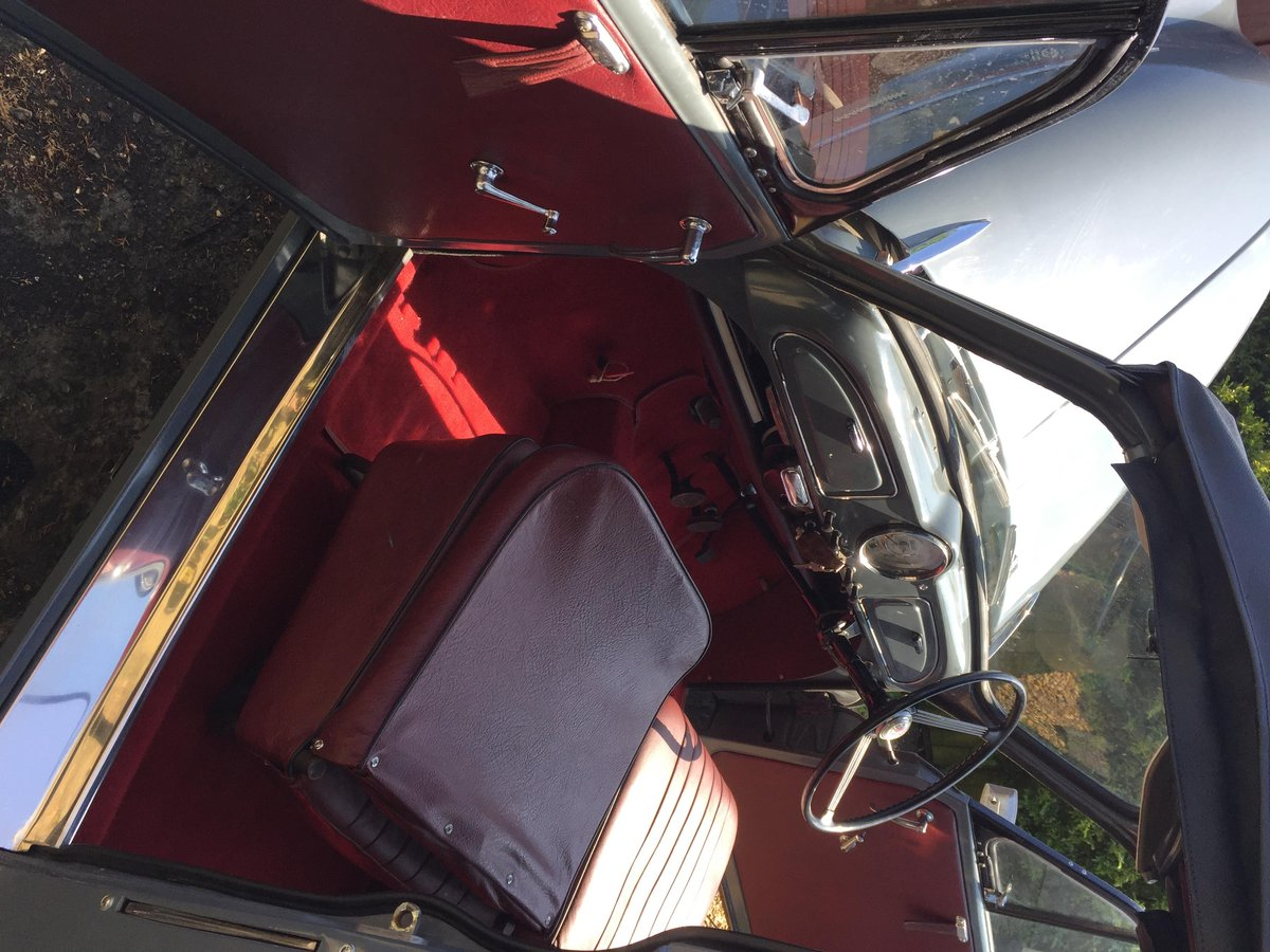 1958 Original Factory Morris Minor Convertible For Sale (picture 2 of 6)