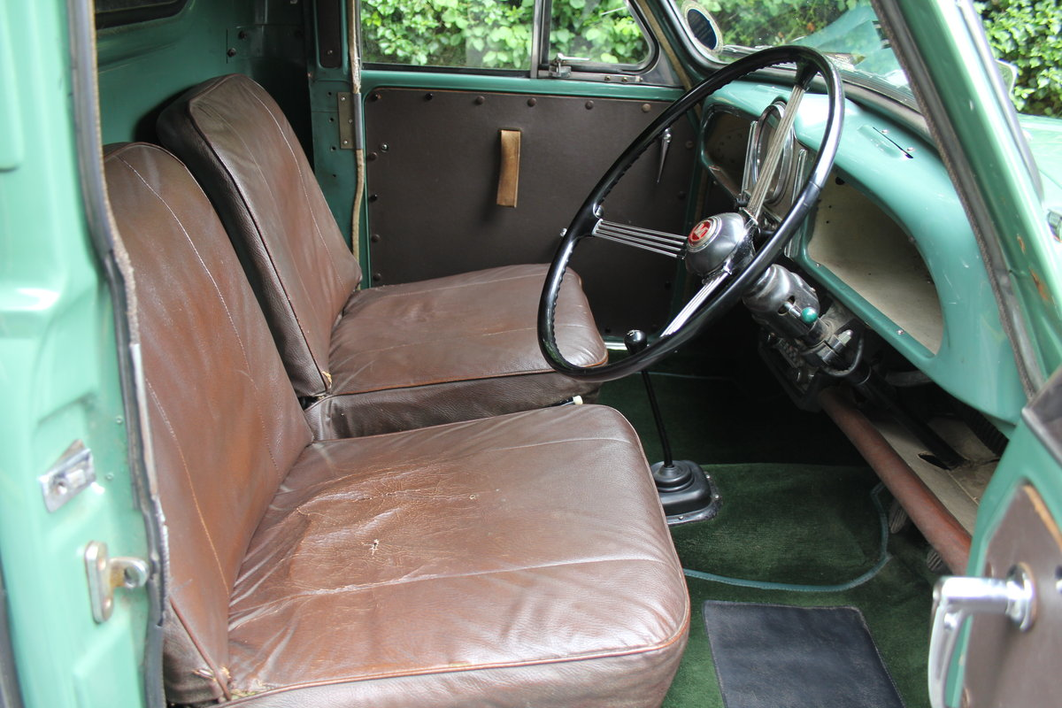 1964 Morris Minor Pick Up - Ex Demonstrator For Sale (picture 8 of 12)
