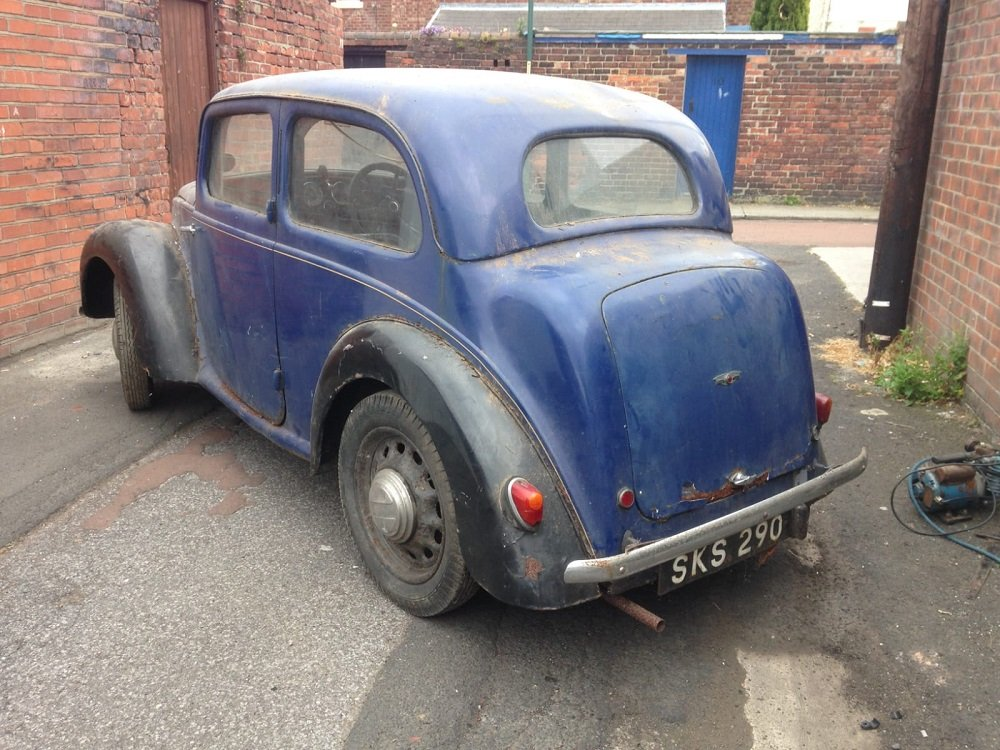 1939 MORRIS 8 SERIES E 2 DOOR SALOON 885CC - BARN FIND In Be SOLD by Auction (picture 1 of 3)