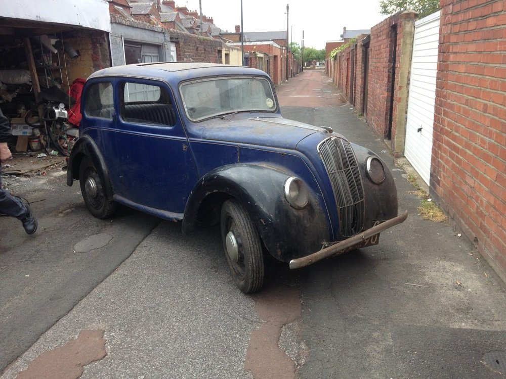 1939 MORRIS 8 SERIES E 2 DOOR SALOON 885CC - BARN FIND In Be SOLD by Auction (picture 3 of 3)