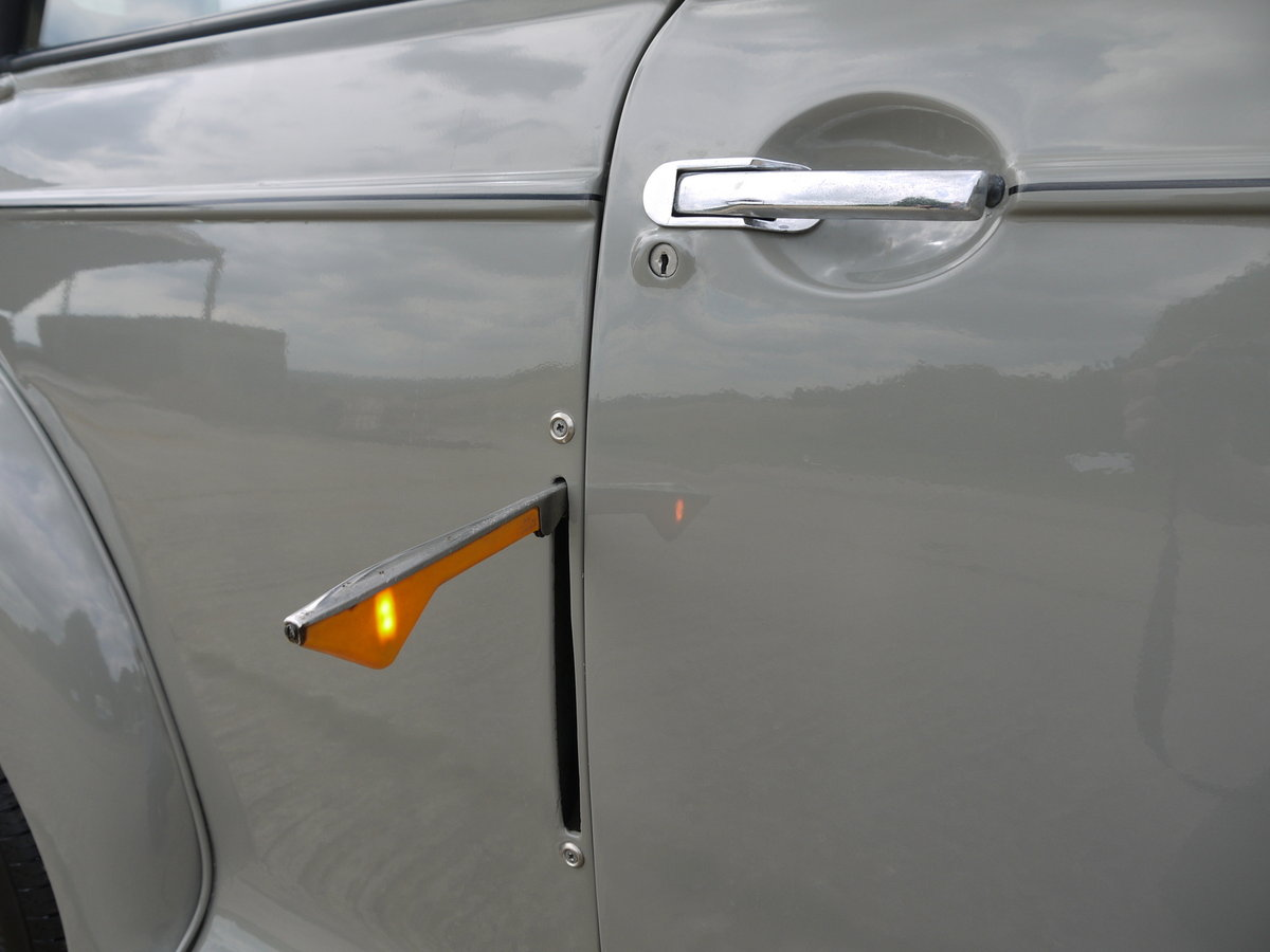 1951 MORRIS MINOR MM  SOLD (picture 4 of 6)