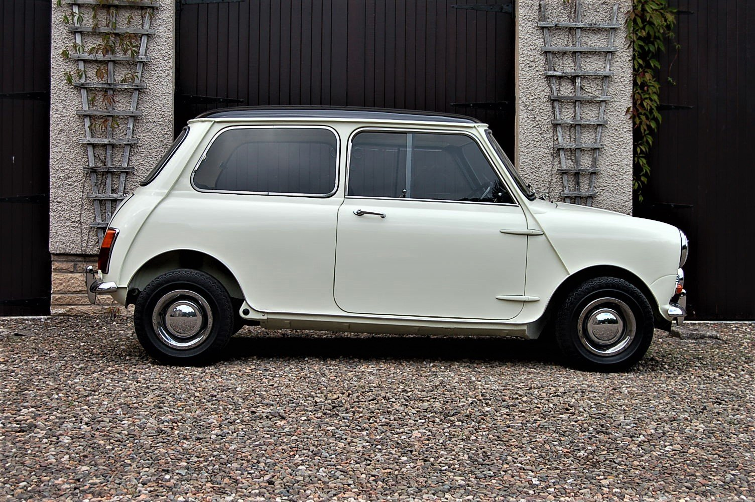 1968 Austin/Morris cooper MK11 s SOLD (picture 1 of 6)