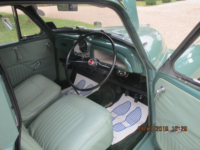1970 Morris Minor Traveller & Box Trailer For Sale (picture 3 of 6)