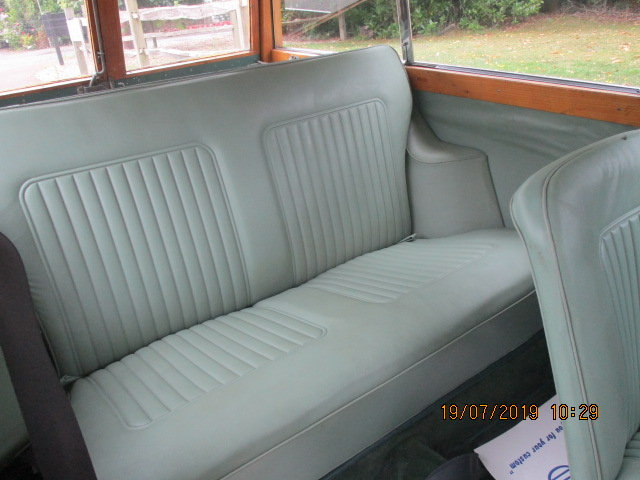 1970 Morris Minor Traveller & Box Trailer SOLD (picture 4 of 6)