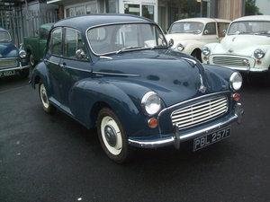 1968 EXCEPTIONAL  TRAFALGAR BLUE 4 DOOR SALOON