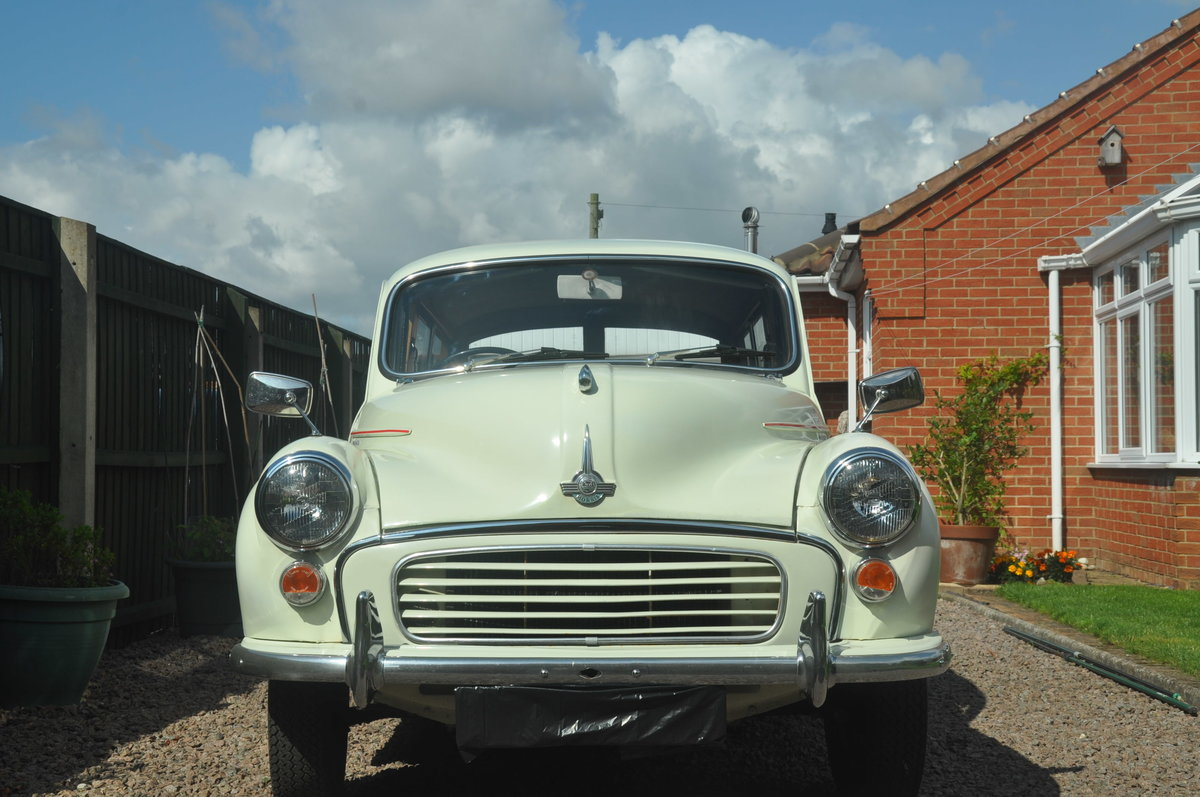 1970 For Sale : Morris Traveller SOLD (picture 2 of 6)