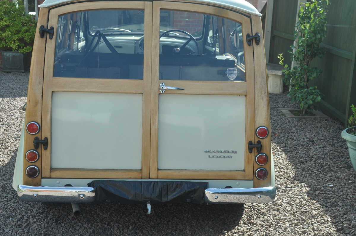 1970 For Sale : Morris Traveller SOLD (picture 3 of 6)