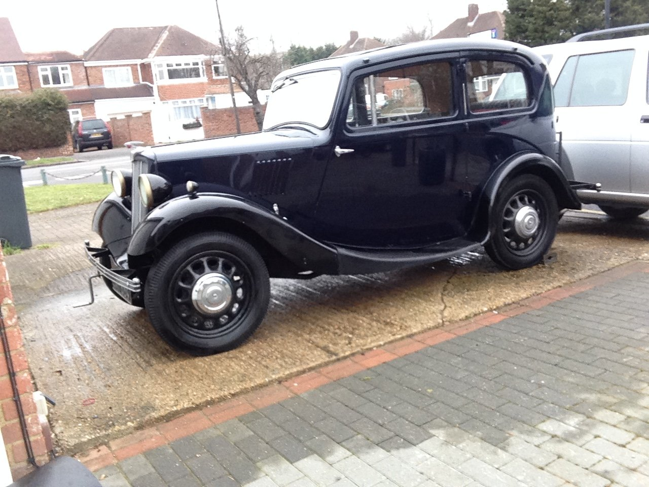 1937 Morris 8 series 2 Saloon very good condition £7950 For Sale (picture 1 of 6)