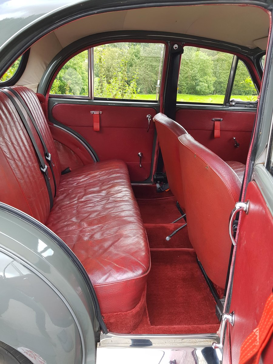 1961 Very good quality Minor 4 door saloon, a must see example! For Sale (picture 6 of 6)