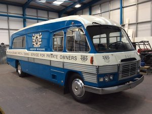 1961 MORRIS COMMERCIAL FF-K140 COACH For Sale by Auction