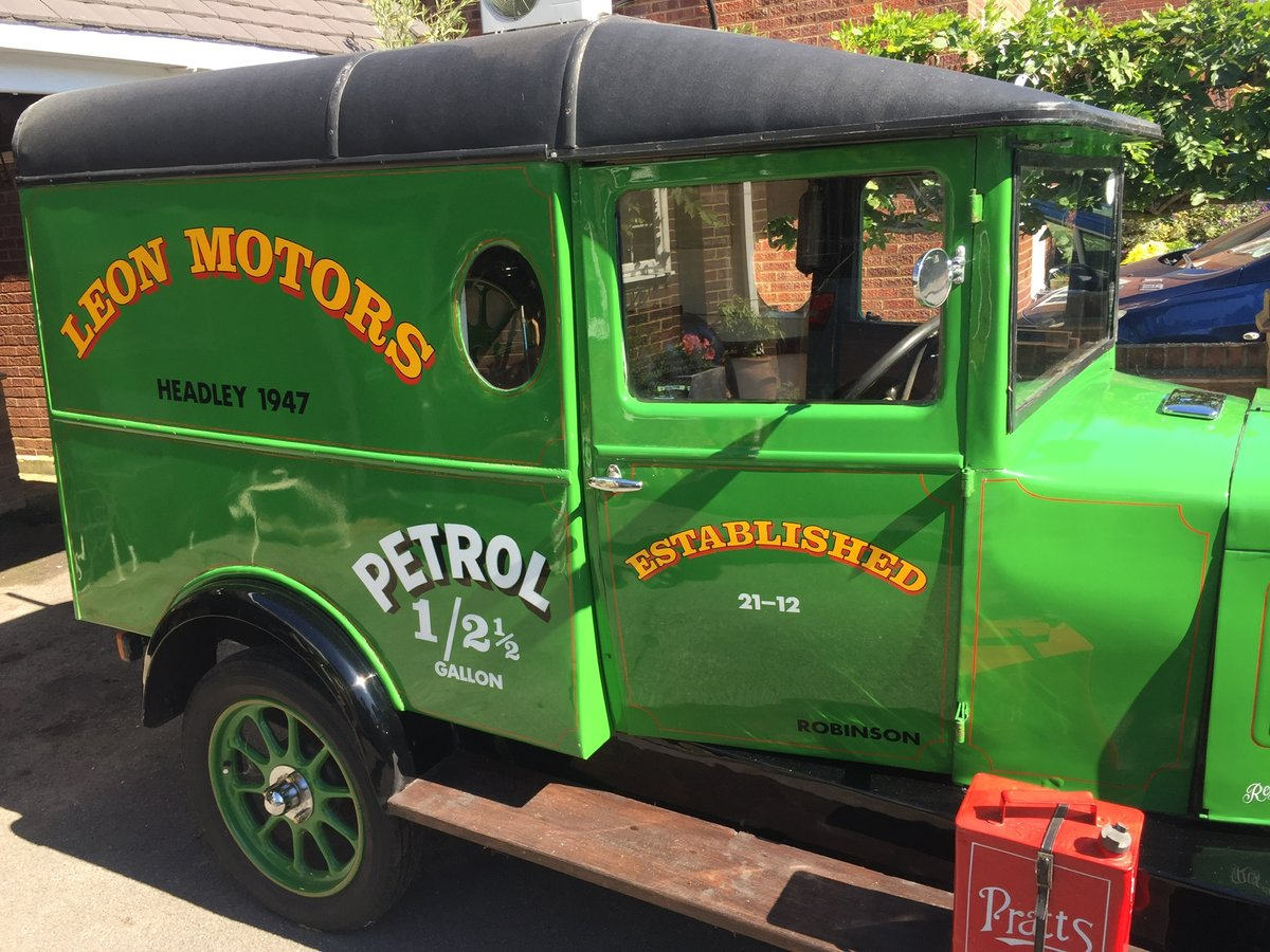 1929 Historic Vehicle; an old Morris Cowley Goods Van For Sale (picture 3 of 6)