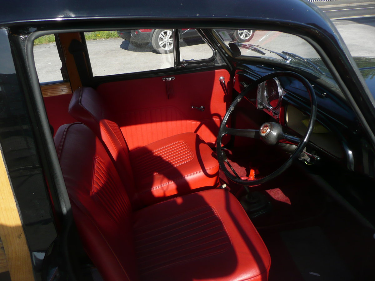 1968 Morris Minor Traveller 1000 For Sale (picture 5 of 6)