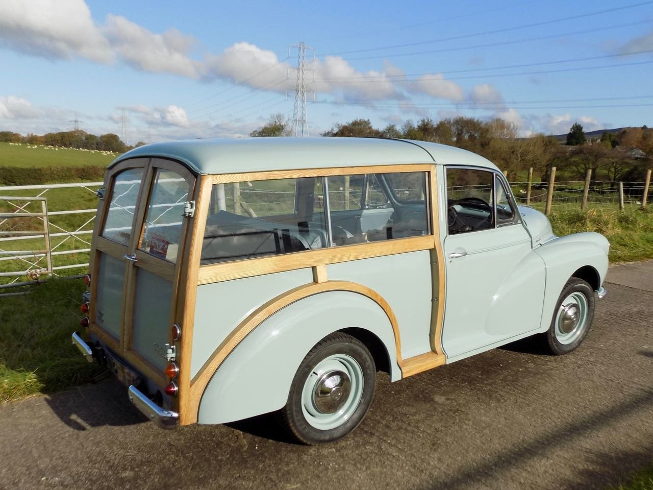 Restored 1960 Morris Minor Traveller For Sale (picture 2 of 6)