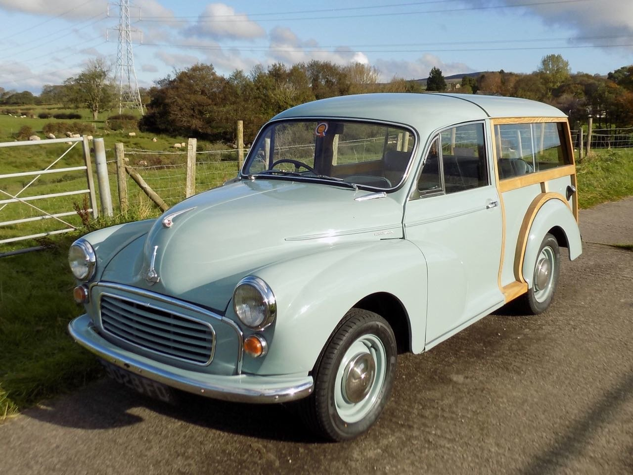 Restored 1960 Morris Minor Traveller For Sale (picture 3 of 6)