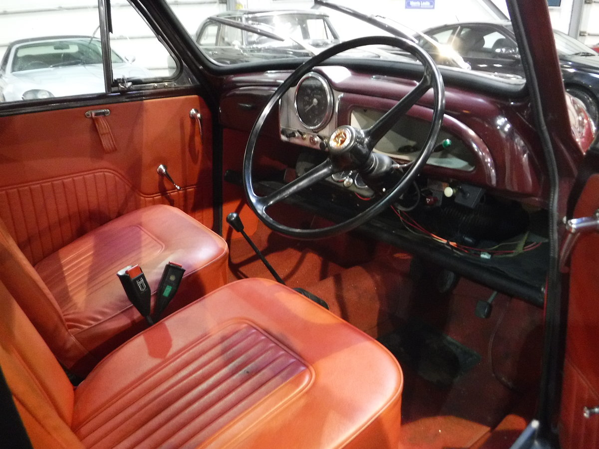 1970 Morris Minor 1000 SOLD by Auction (picture 5 of 6)