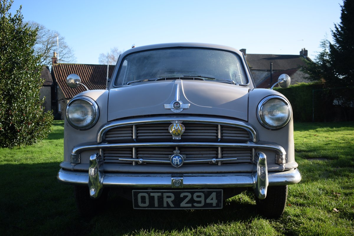 1955 MORRIS OXFORD SERIES II - DELIGHTFULLY ORIGINAL & SOLID SOLD (picture 1 of 6)