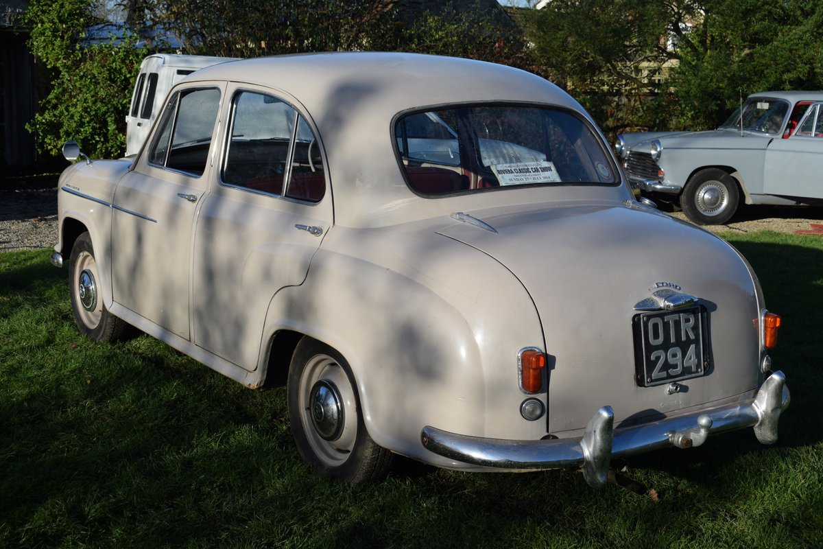 1955 MORRIS OXFORD SERIES II - DELIGHTFULLY ORIGINAL & SOLID SOLD (picture 2 of 6)