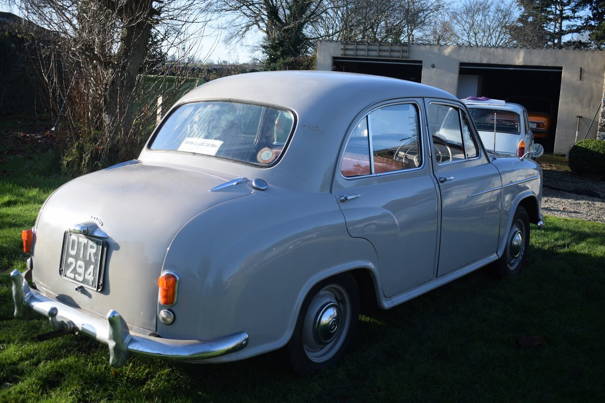 1955 MORRIS OXFORD SERIES II - DELIGHTFULLY ORIGINAL & SOLID SOLD (picture 3 of 6)