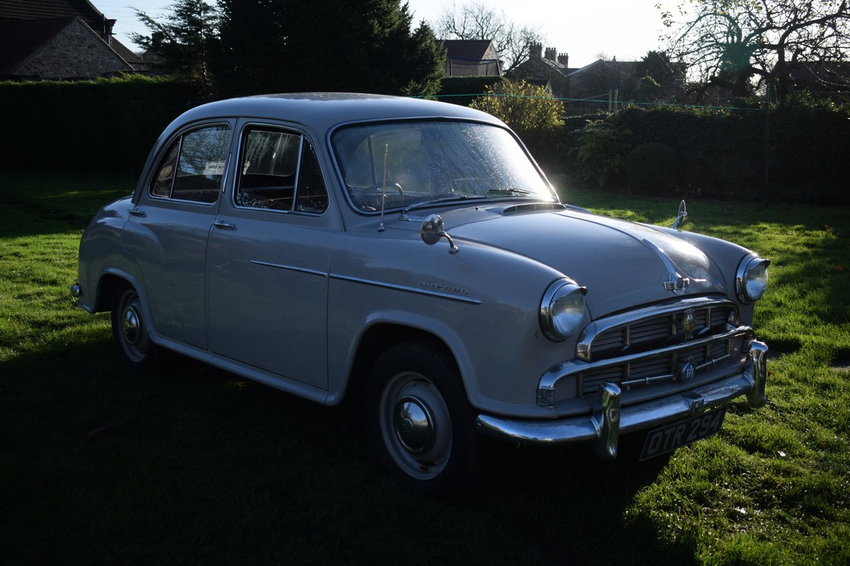 1955 MORRIS OXFORD SERIES II - DELIGHTFULLY ORIGINAL & SOLID SOLD (picture 4 of 6)